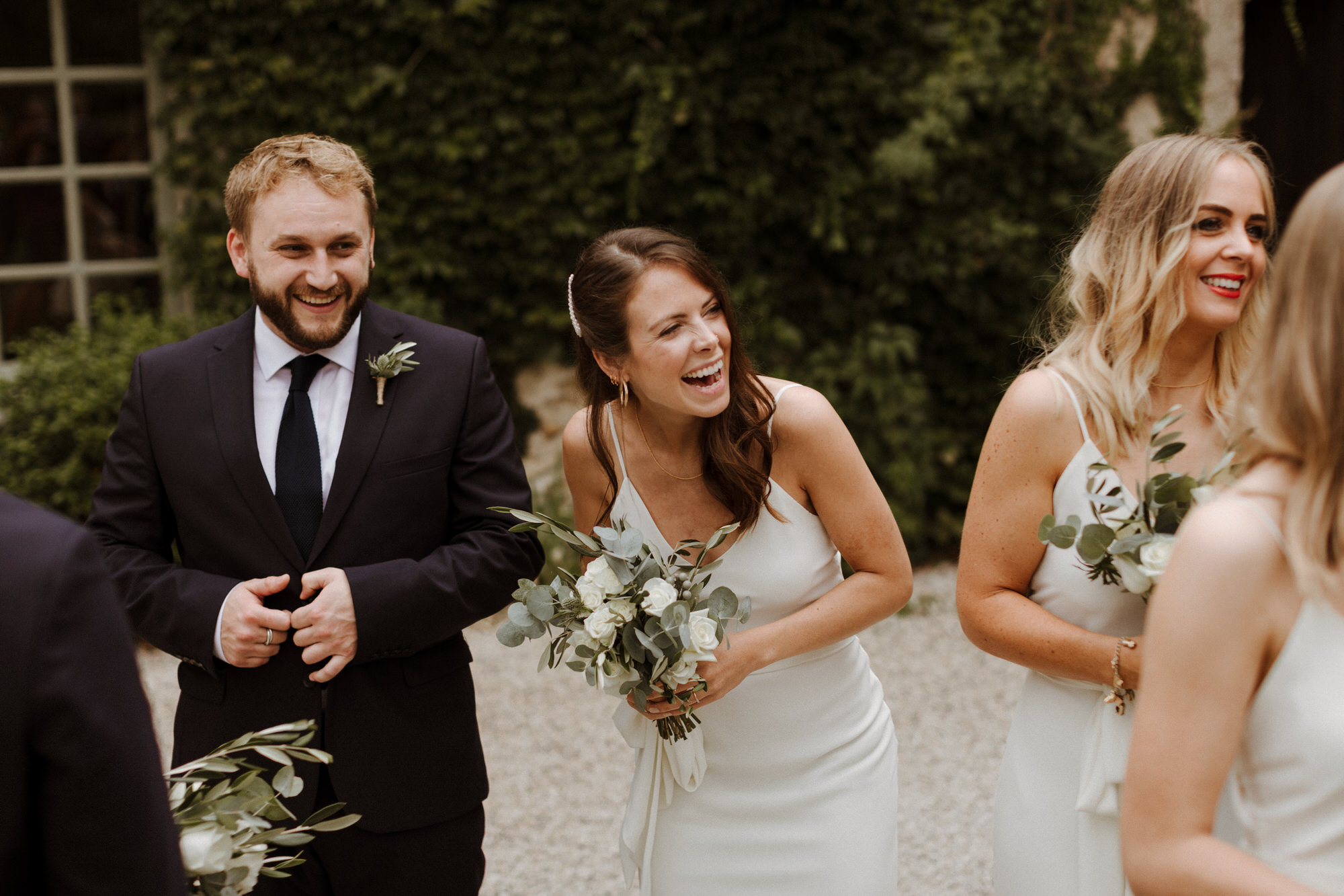 Chateau Rigaud Wedding Photography 16-38-48-1Q5A2462-R+L.jpg