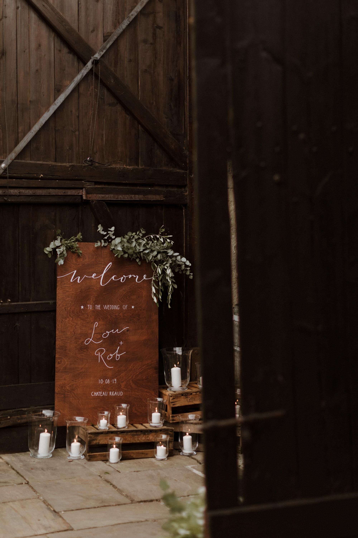 Chateau Rigaud Wedding Photography 17-09-39-1Q5A2704-R+L.jpg