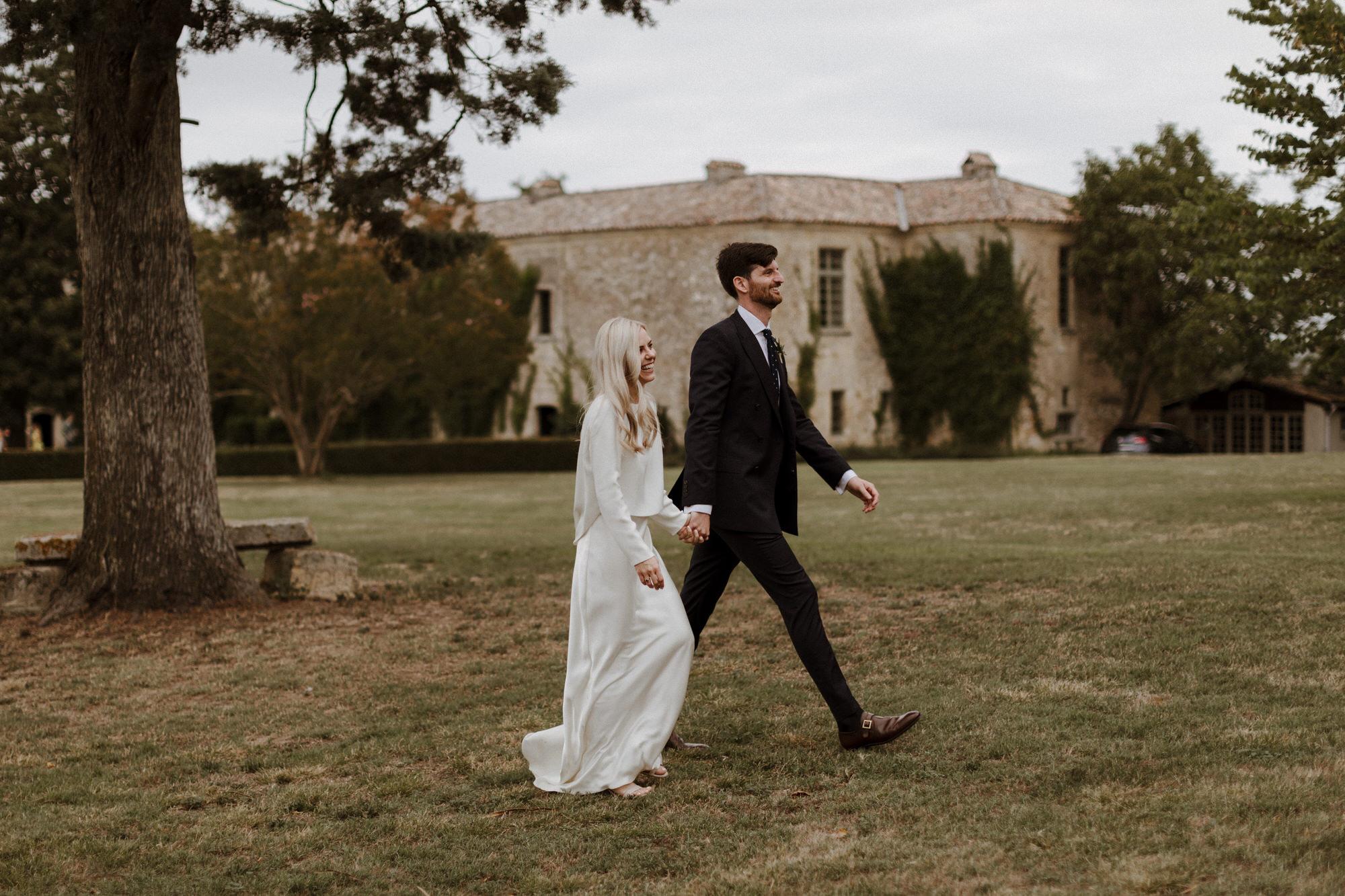 Chateau Rigaud Wedding Photography 17-12-31-1Q5A2718-R+L.jpg