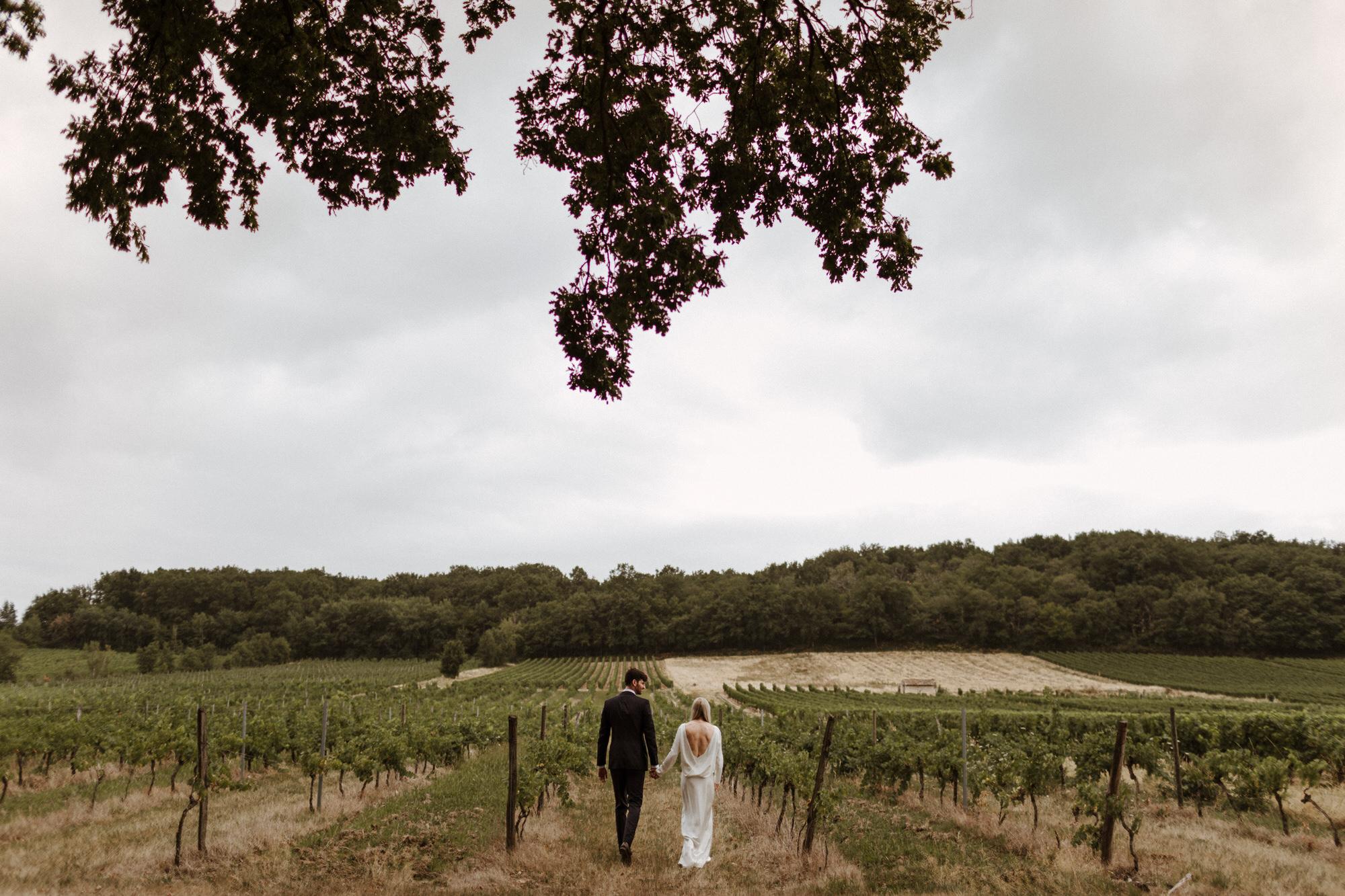 Chateau Rigaud Wedding Photography 17-20-28-CQ2A3566-R+L.jpg