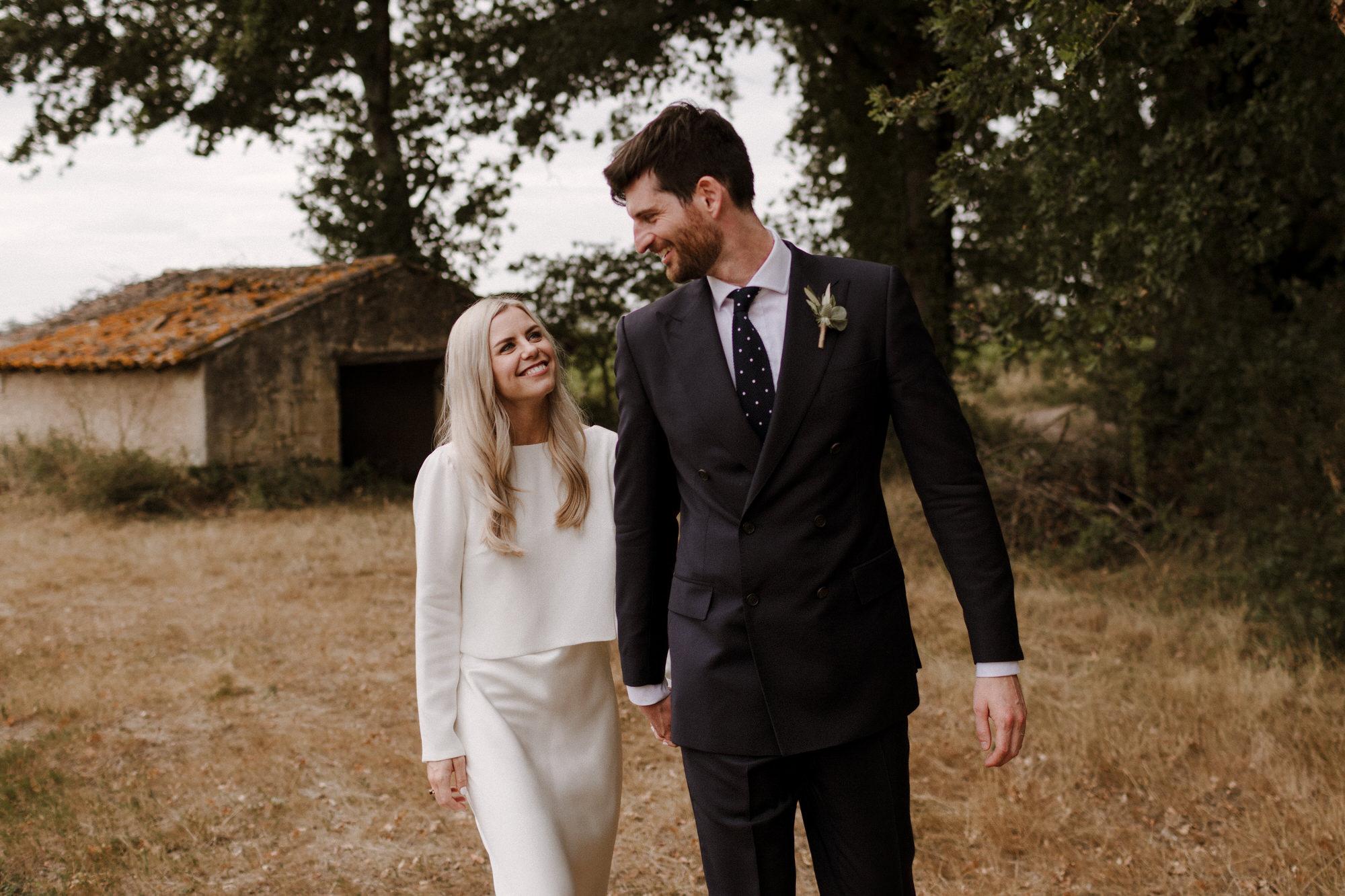 Chateau Rigaud Wedding Photography 17-28-02-CQ2A3687-R+L.jpg