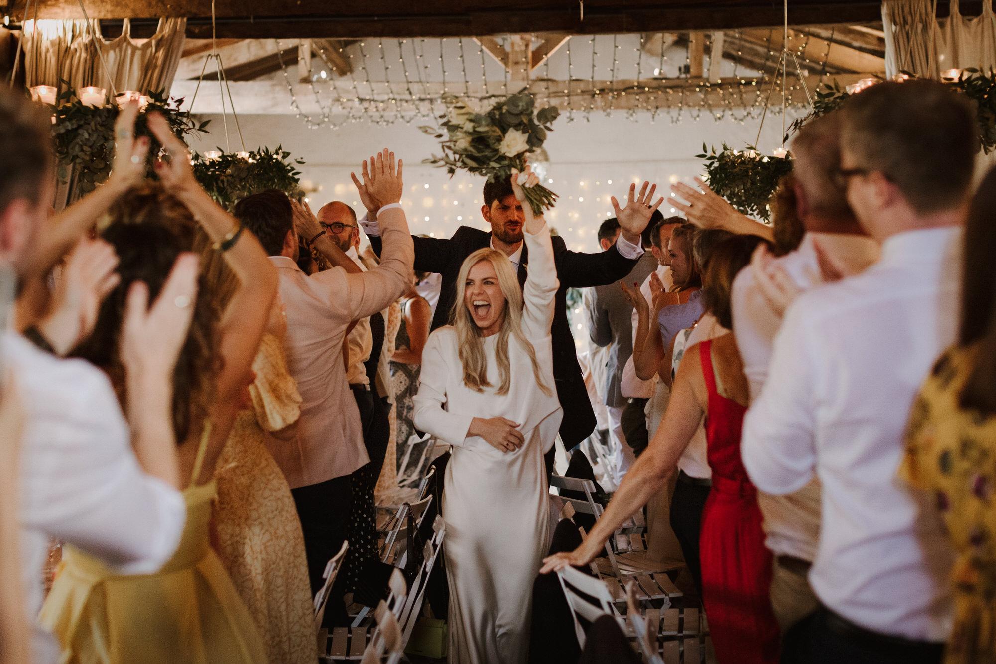 Chateau Rigaud Wedding Photography 17-40-40-1Q5A3011-R+L.jpg