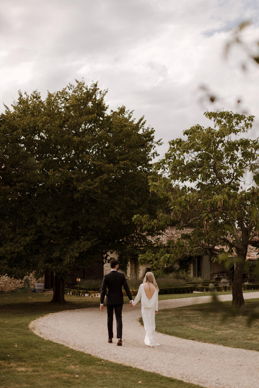 Chateau Rigaud Wedding Photography 17-35-40-1Q5A2987-R+L.jpg