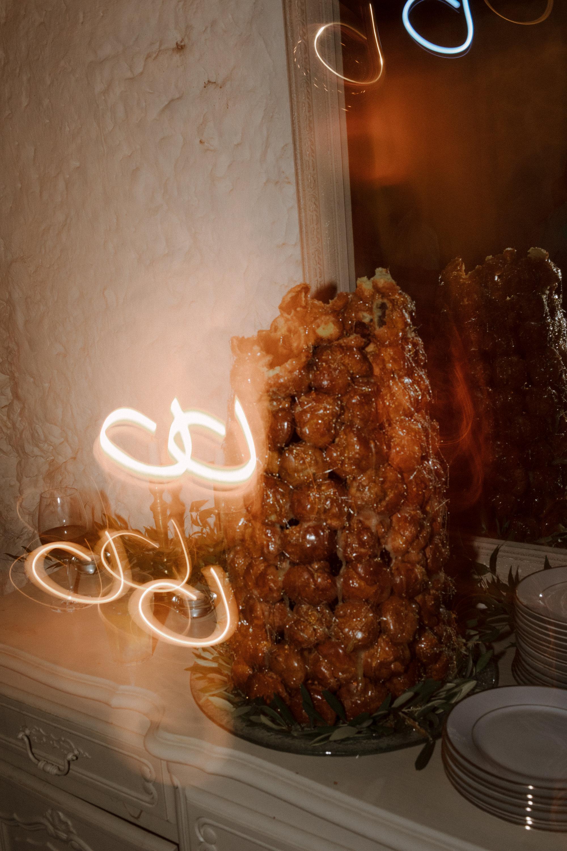 Chateau Rigaud Wedding Photography 21-29-20-1Q5A4091-R+L.jpg