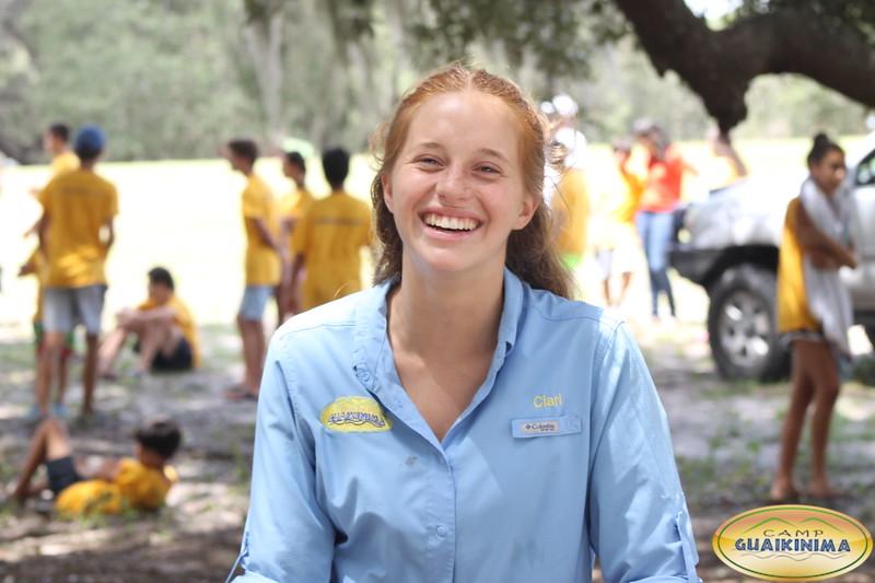 Clarissa Halvorssen   estudiante Senior y comenzó en Guaikinima hace 6 años como campista, en el 2015 fue CIT es staff de Guaikinima luego de certificarse como guía en 2016