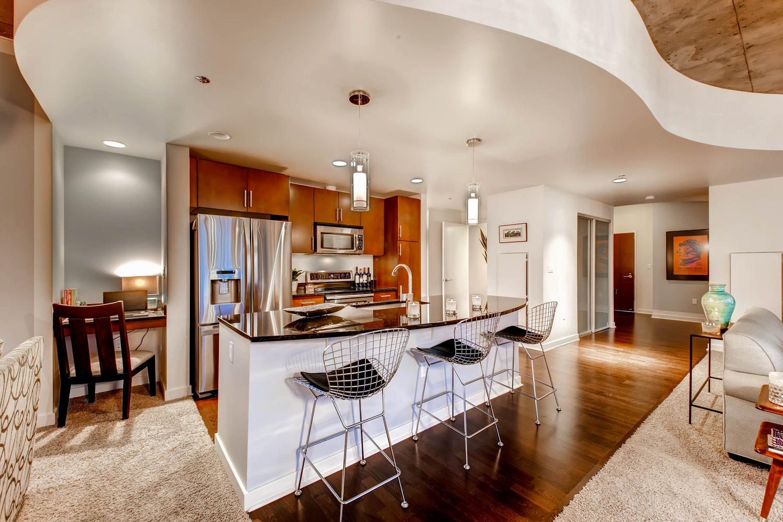 City_Living__Spire-large-014-14-Kitchen-1500x1000-72dpi.jpg