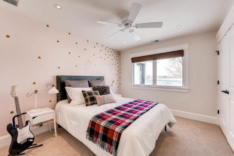 8012 Fox Ridge Ct Boulder CO-large-024-7-2nd Floor Bedroom-1499x1000-72dpi.jpg
