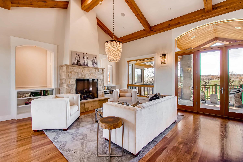 8446 Valmont Rd Boulder CO-large-005-15-Living Room-1500x1000-72dpi.jpg