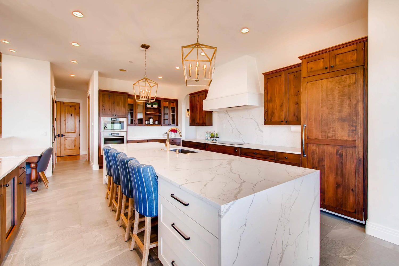 8446 Valmont Rd Boulder CO-large-013-21-Kitchen-1500x1000-72dpi.jpg