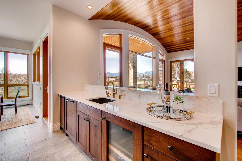 8446 Valmont Rd Boulder CO-large-014-26-Kitchen-1500x1000-72dpi.jpg