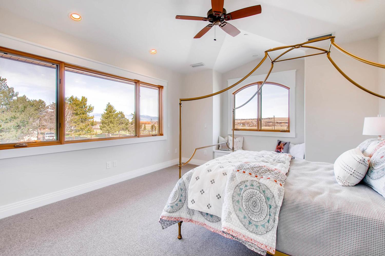 8446 Valmont Rd Boulder CO-large-026-22-Upper Bedroom 2-1500x1000-72dpi.jpg