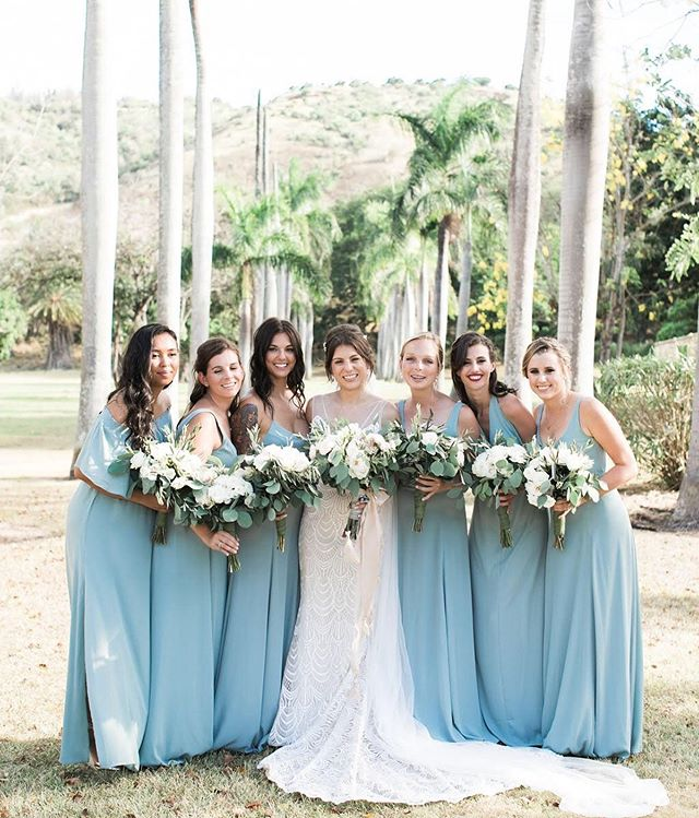 This beautiful bride tribe + one of our favorite venues=perfection  Beauty by Stylists Christa, Haunani, and Mei Coordination: @abcweddings  Photographer: @aliceahnphotography  Venue: @dillinghamranch