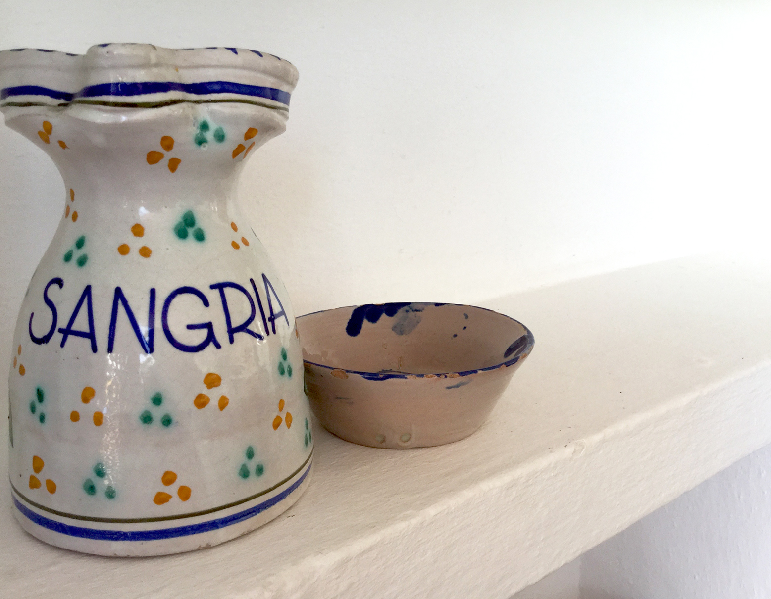 Pretty blue details on the sangria jug and bowl.
