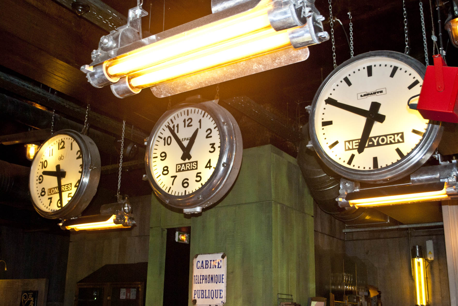 These three fabulous reclaimed timezone clocks create an eye-catching focal point in the restaurant.