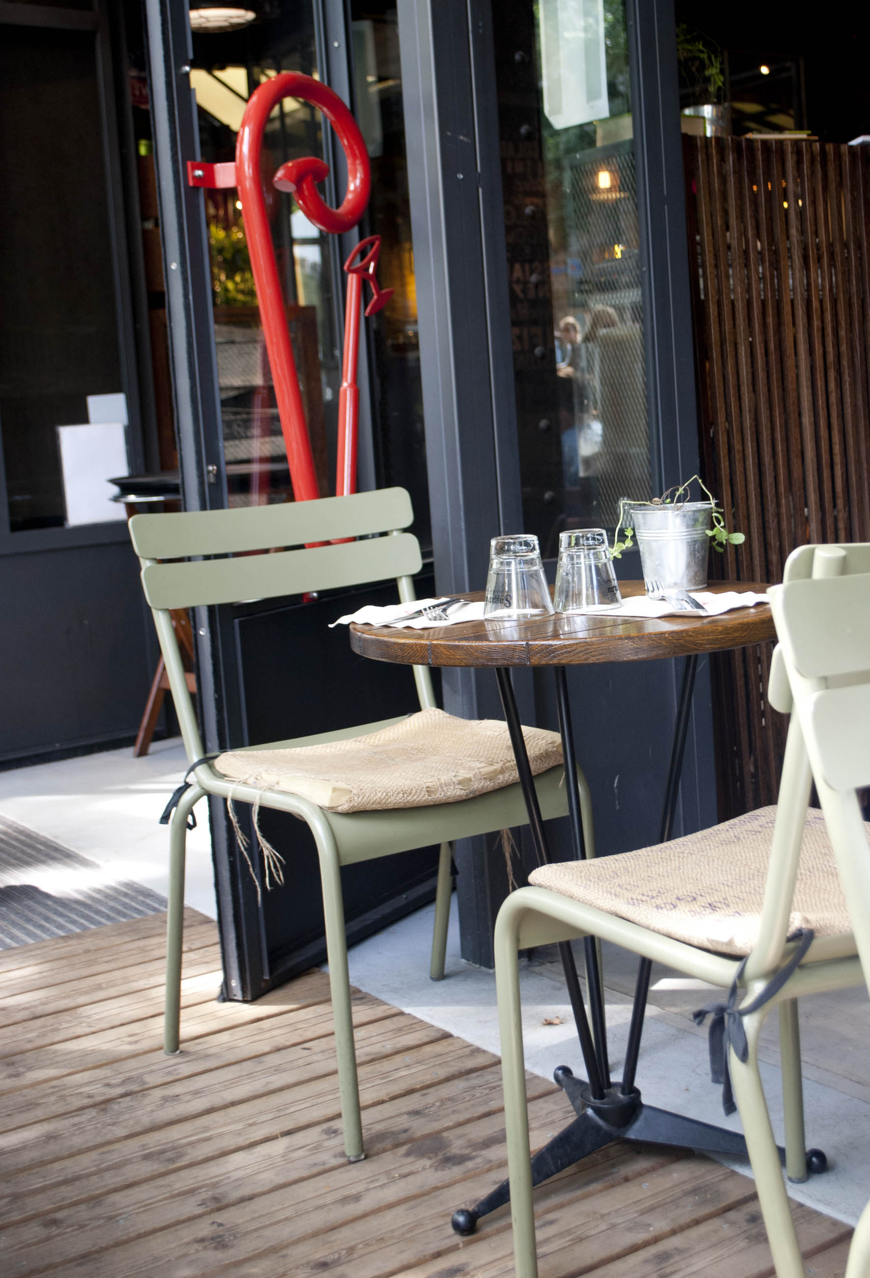 Outside seating with burlap cushions