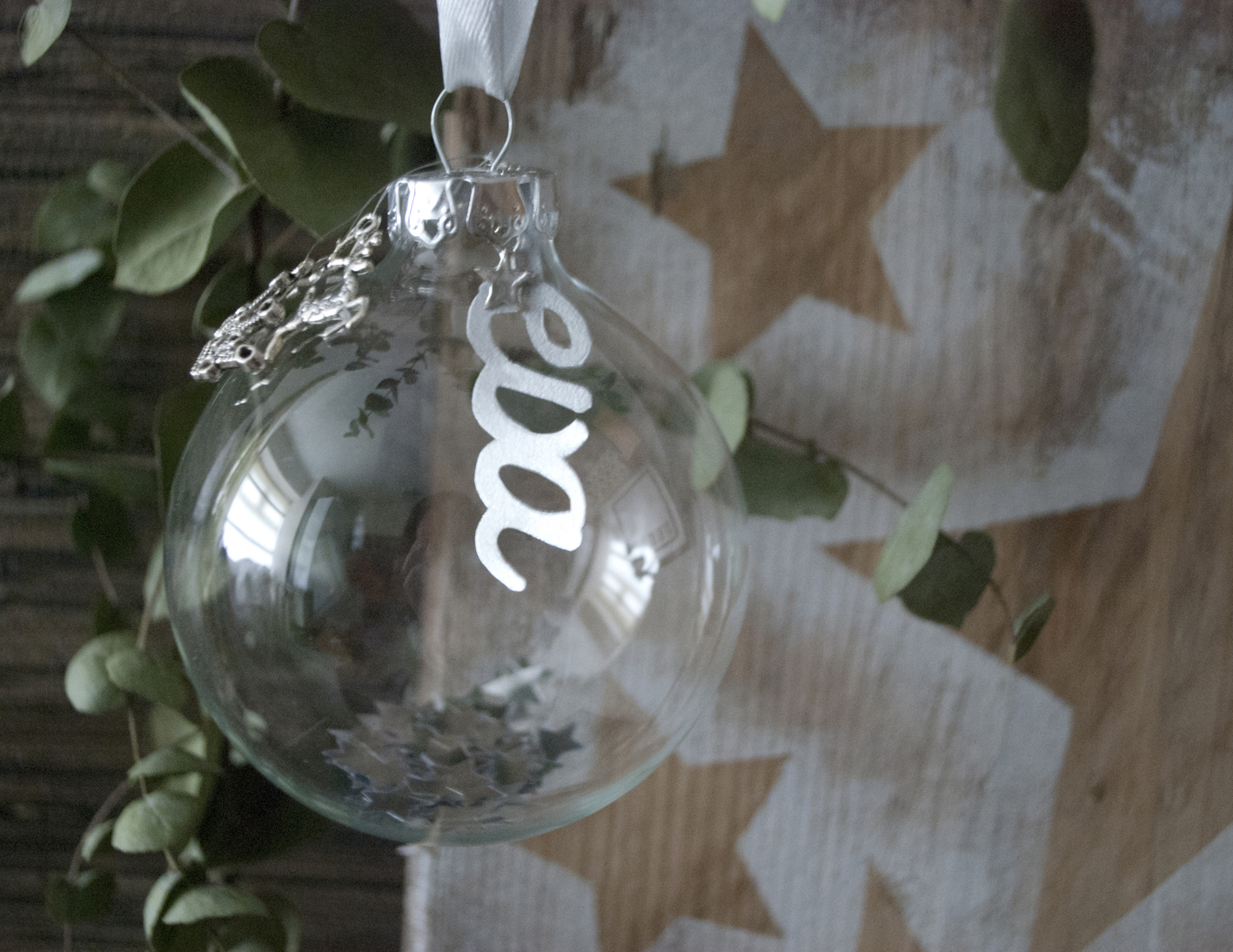 DIY Personalised Papercut Bauble