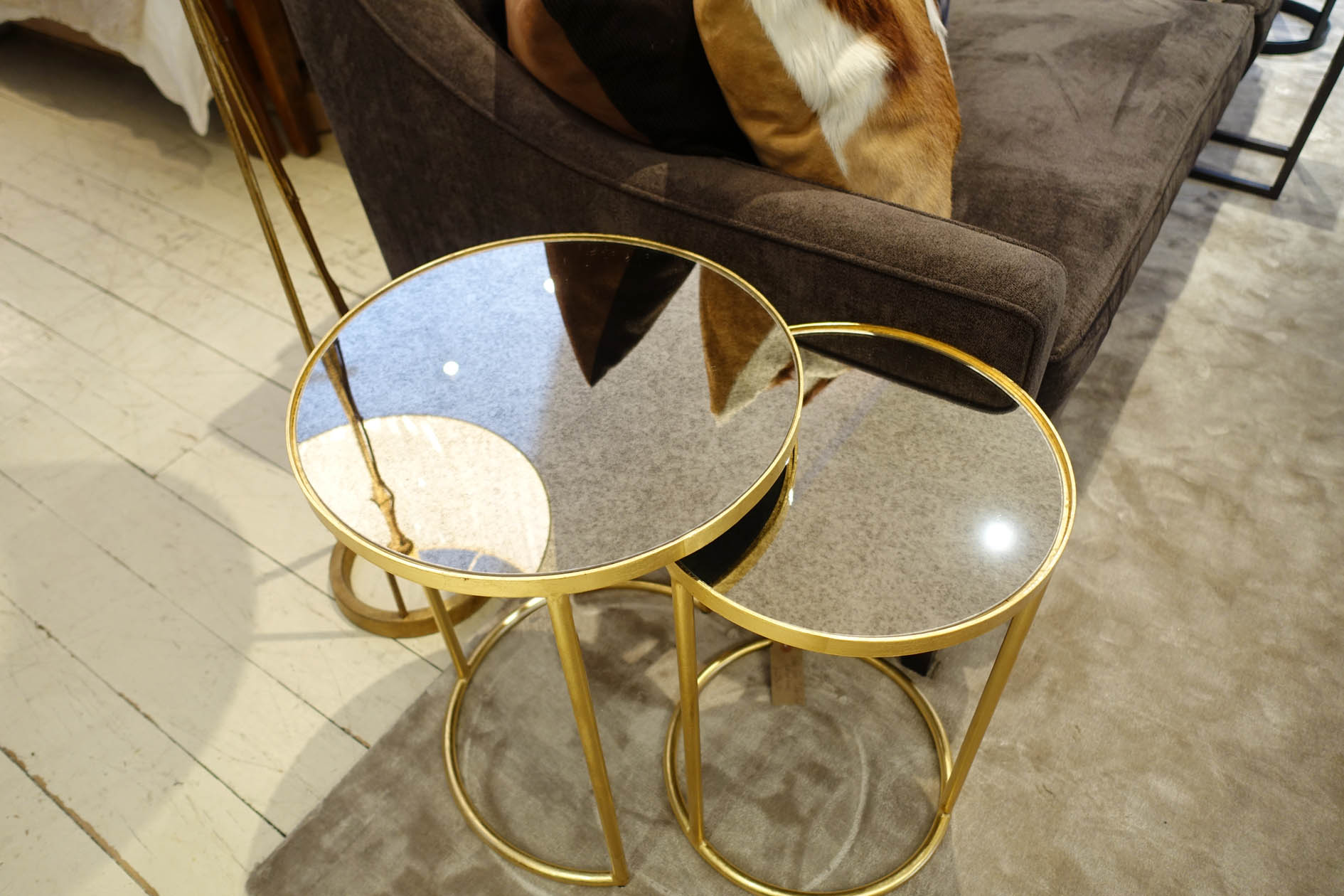The  Golden table set  in gold leaf and antique mirror.