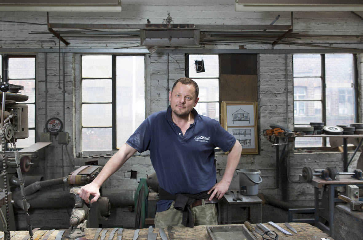 Stuart Mitchell expertly crafts each Skalpel Knife
