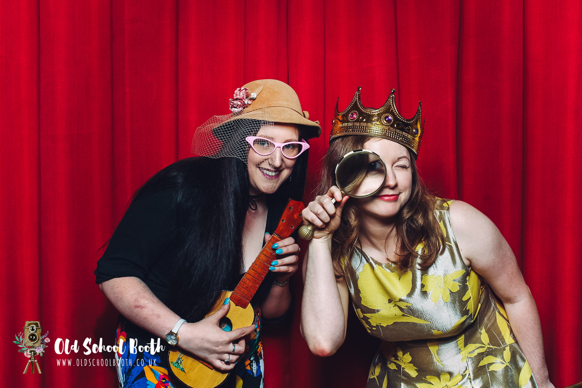 pumping house ollerton photo booth