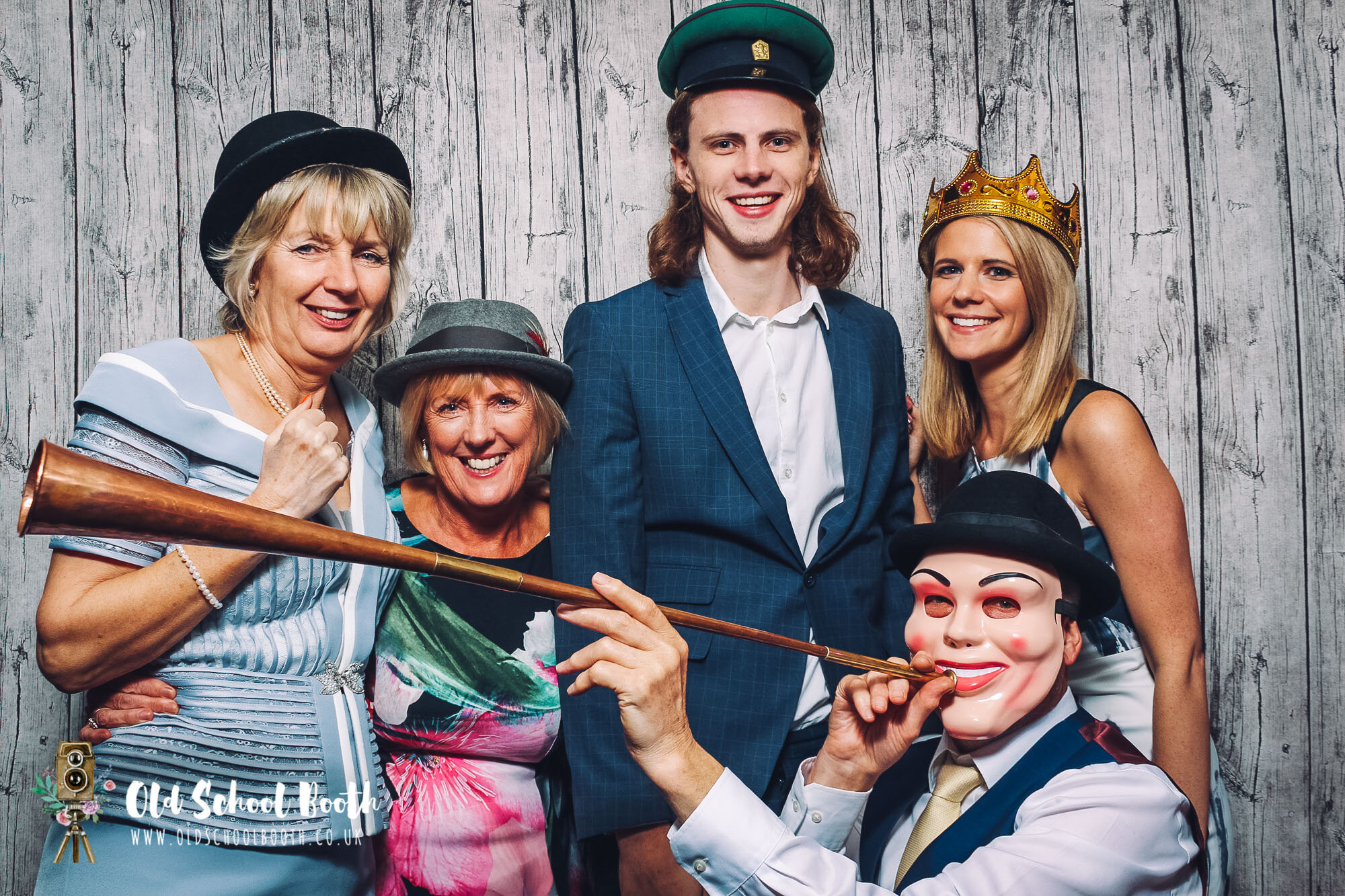 Marquee Wedding : Vintage Photo Booth Hire