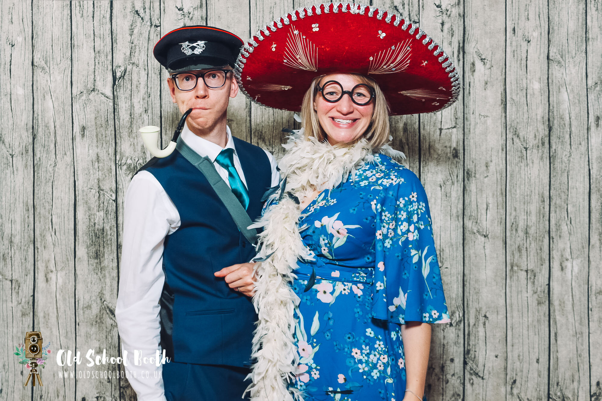 Best wedding photo booth hire