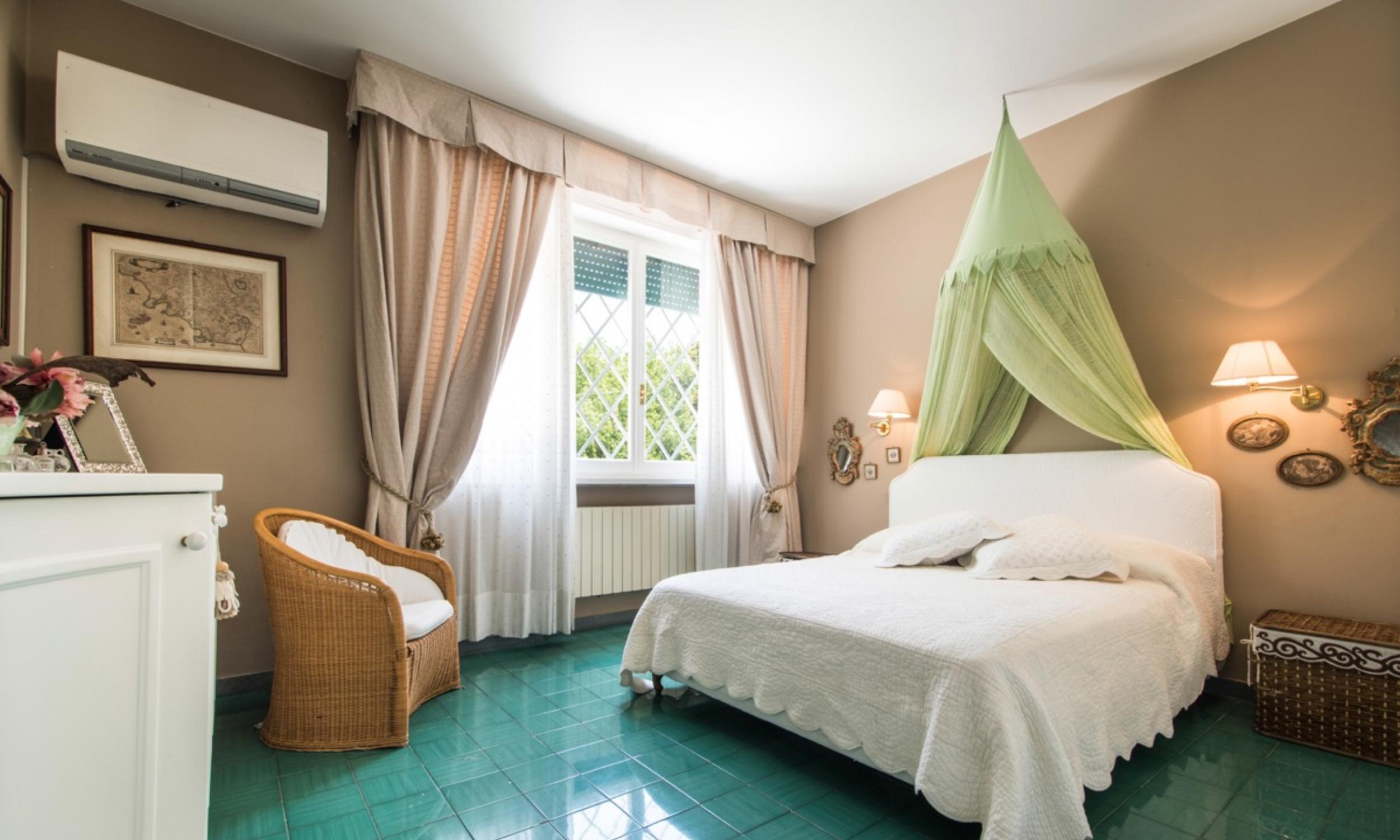 Bedroom06-01.jpg