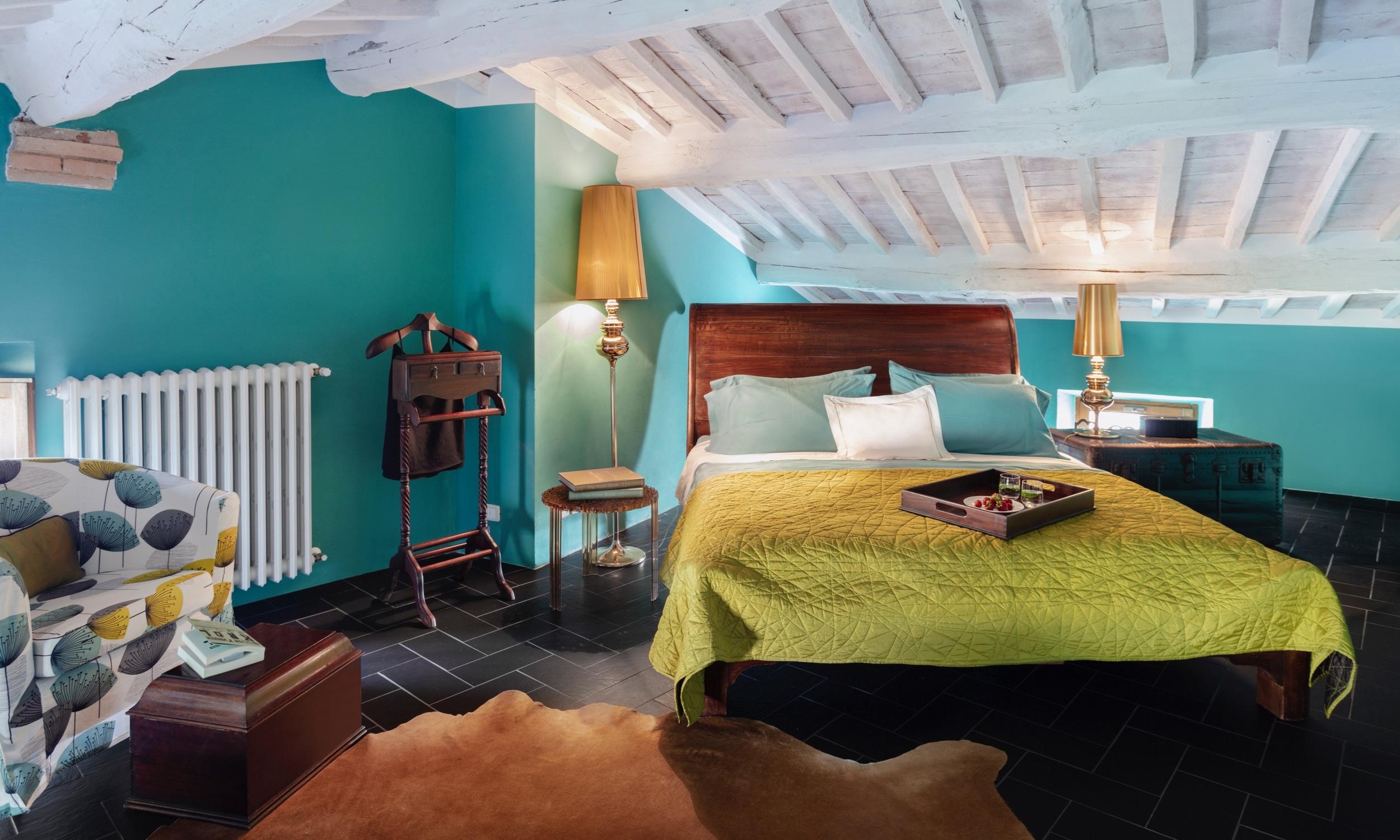 BedTurquoise-01.jpg