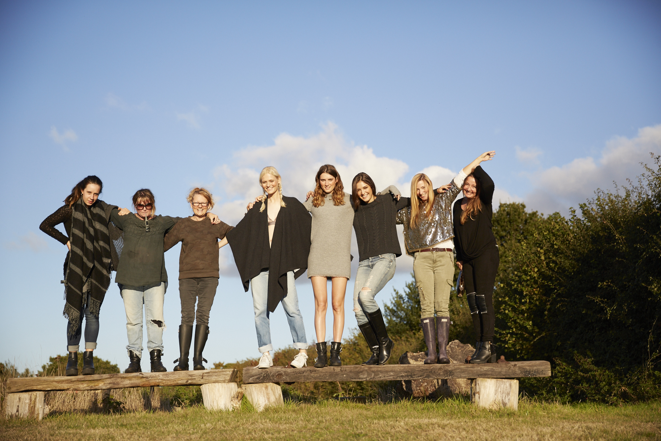 The Team Landgirl Farm.jpg