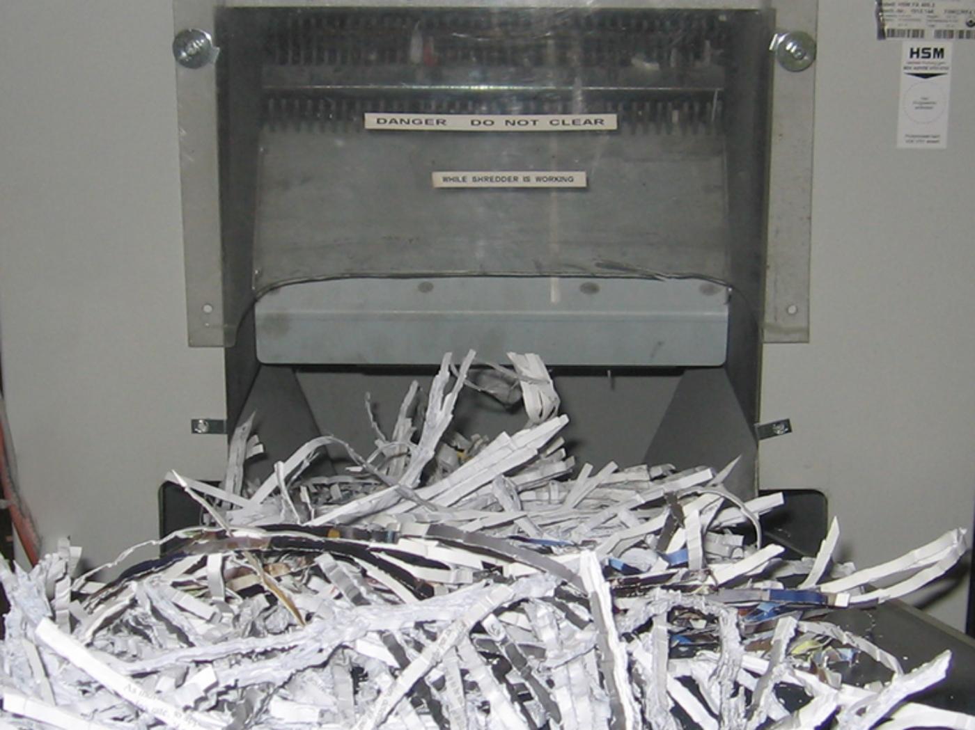 secure-confidential-paper-shredding.jpg