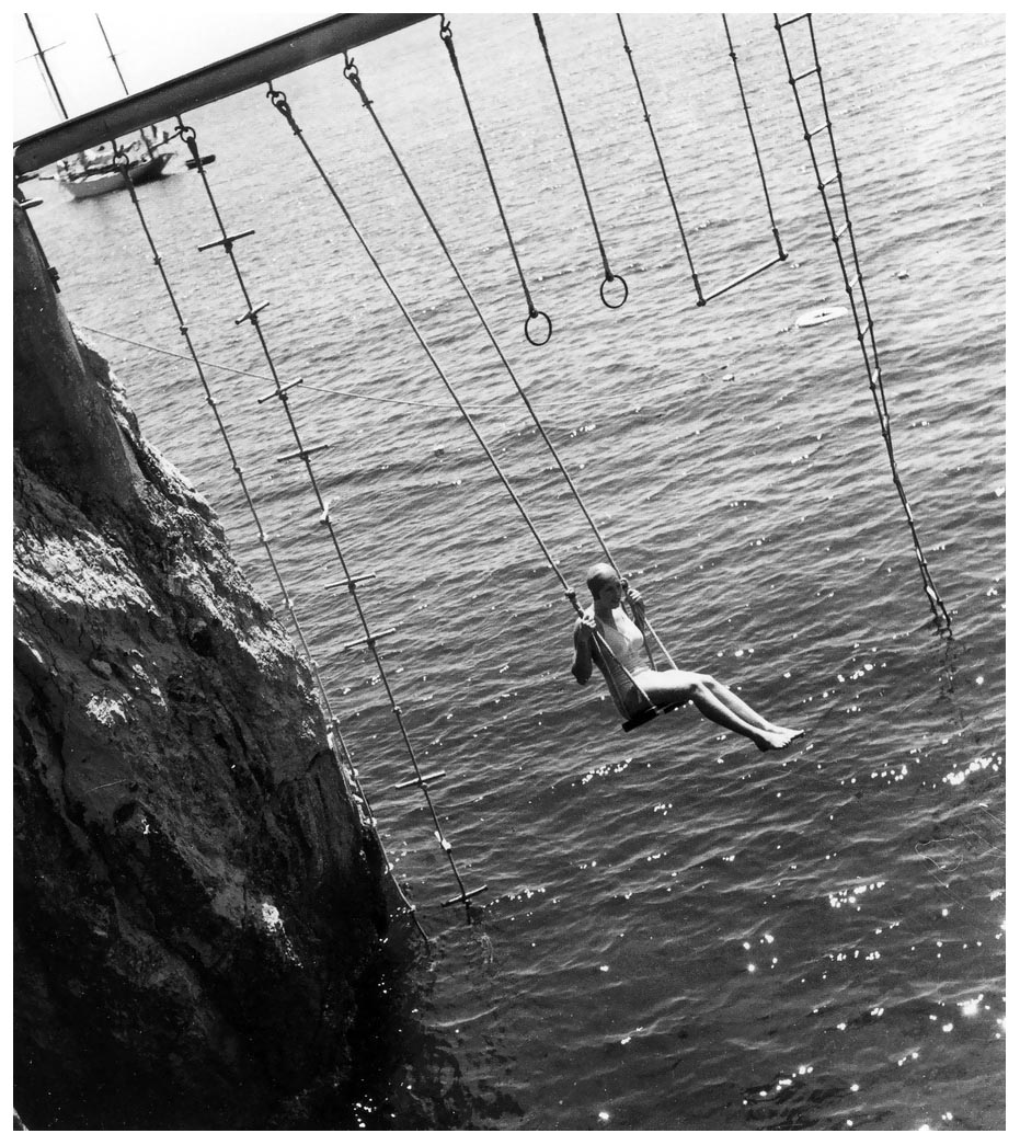 woman-on-a-swing-eden-roc-cap-dantibes-photo-by-regina-relang-1938.jpg