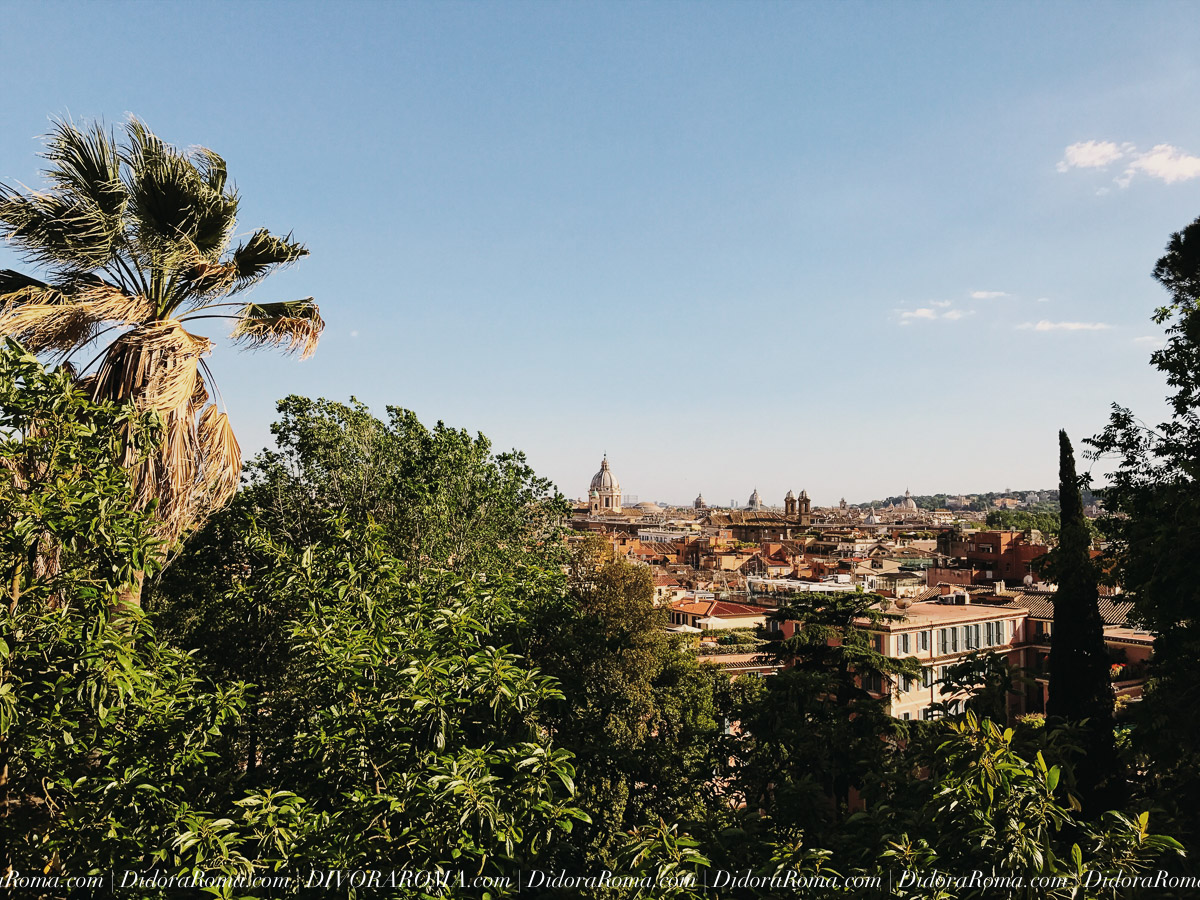 Panorama of Rome, looking southwest, from one of Rome's 7 hills (Il Pincio) ©DivoraRoma.com by ©MoscaStudio.com