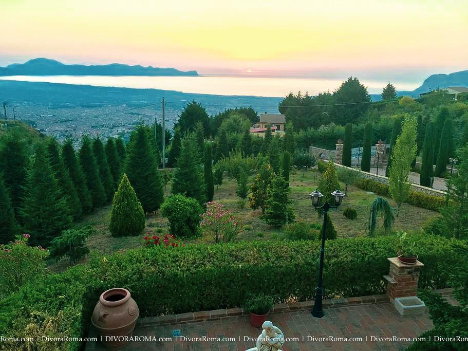 0017-DivoraRoma-SICILY-villa-OCT2018.jpg
