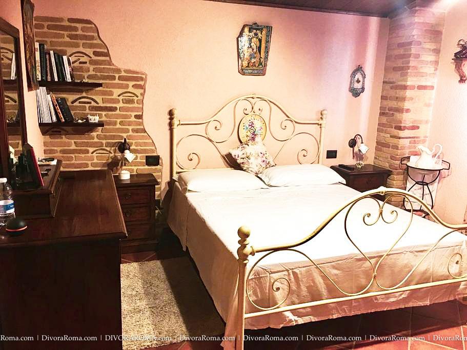 0006-DivoraRoma-SICILY-villa-OCT2018.jpg
