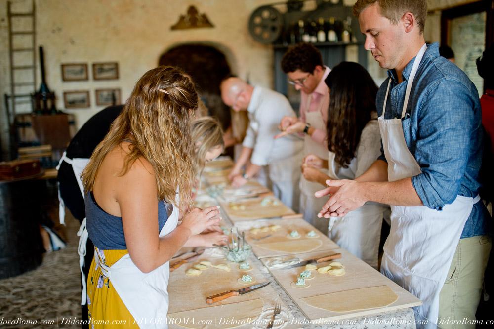 Copy of http://DivoraRoma.com - An All-inclusive Culinary Voyage Through