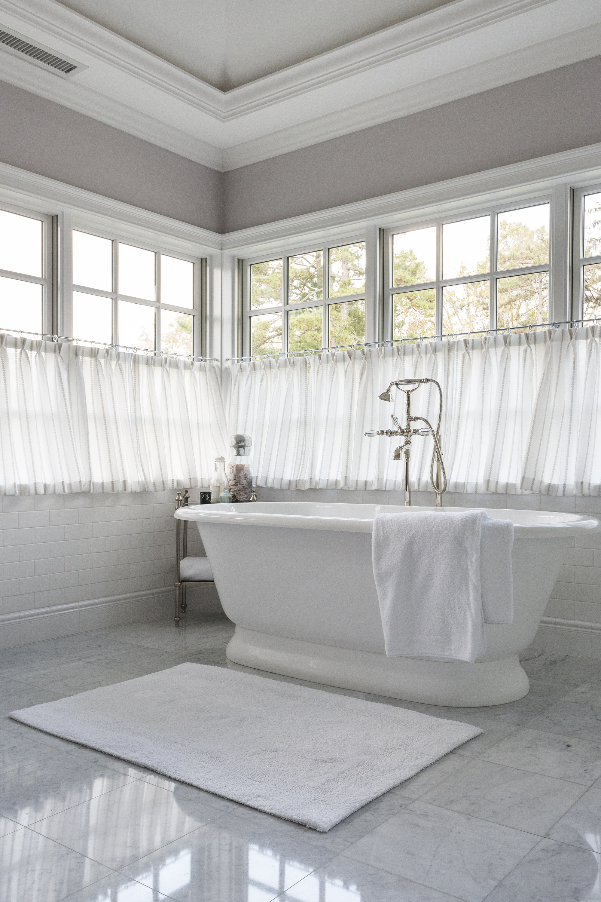 Master Bathroom soaking tub
