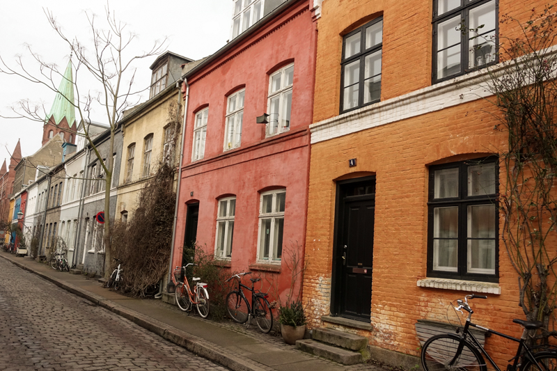 Random street on the way to the Kastellet
