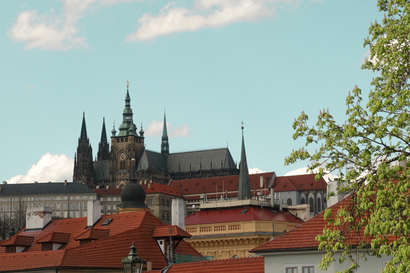 4.14.18. The Prague Castle from a distance