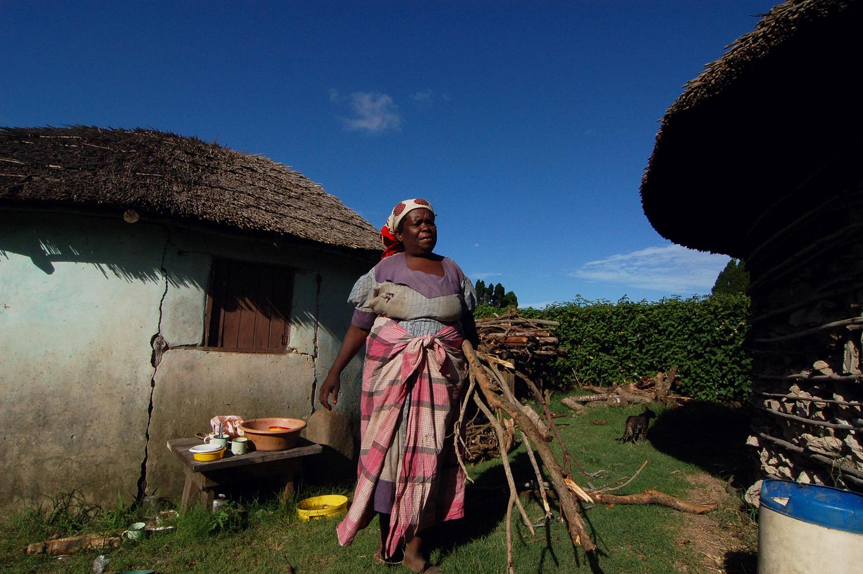 travel-2016-zulu-lady-photo.jpg