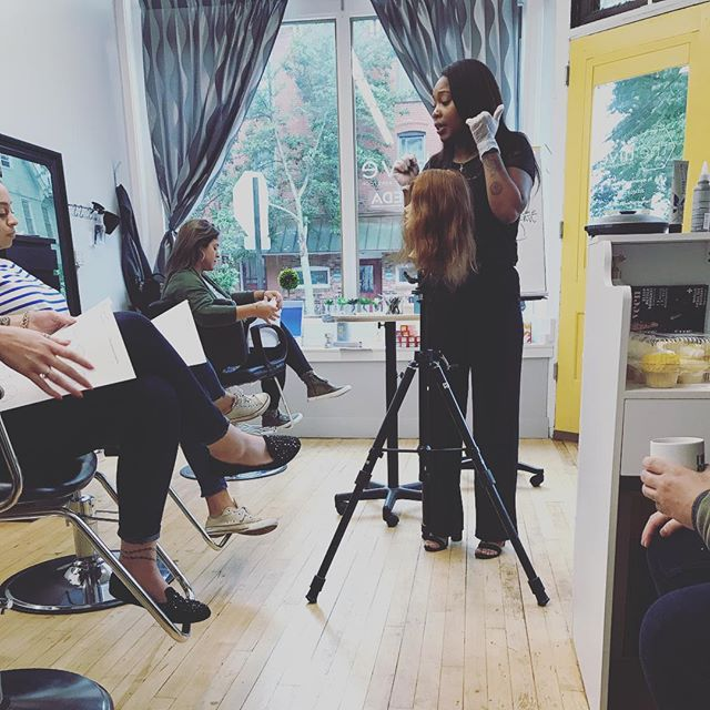 Constantly learning! Thank you to @aveda for sending us one of your amazing colorist educators to some new #balayage techniques! #neverstoplearning #growth
