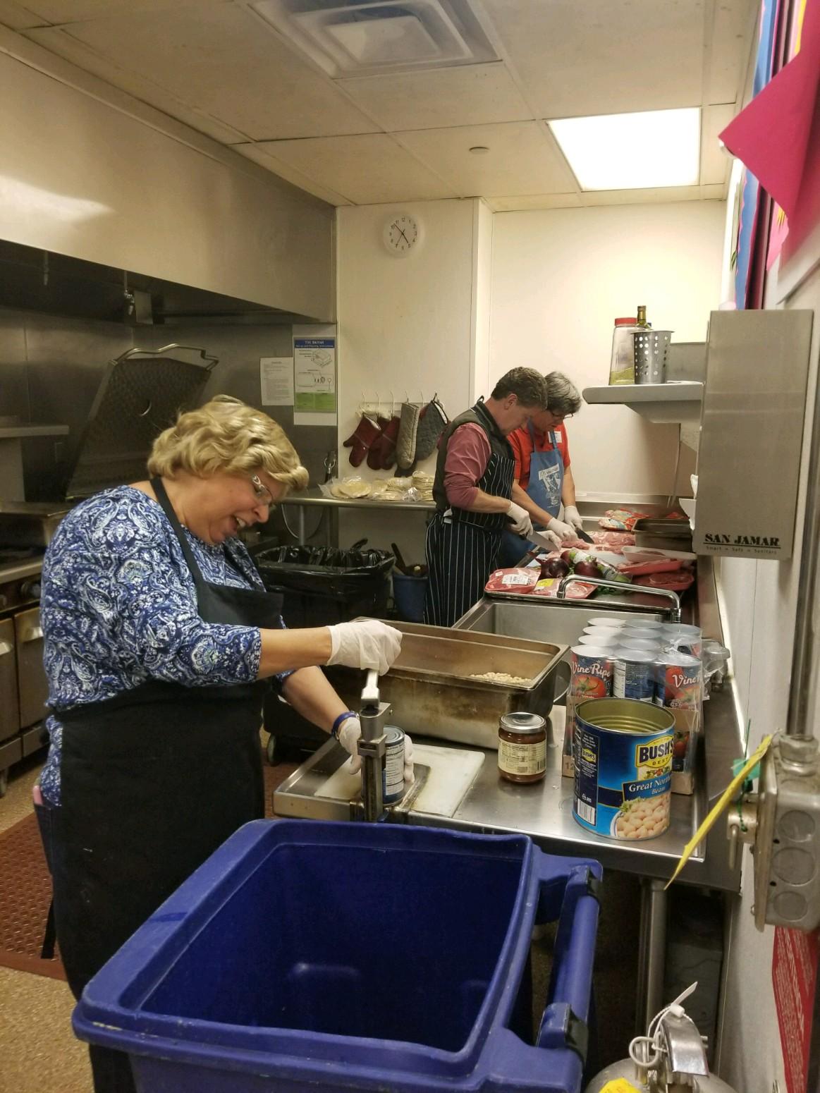 Homeless shelter cooking 3 Nov 2017.jpg