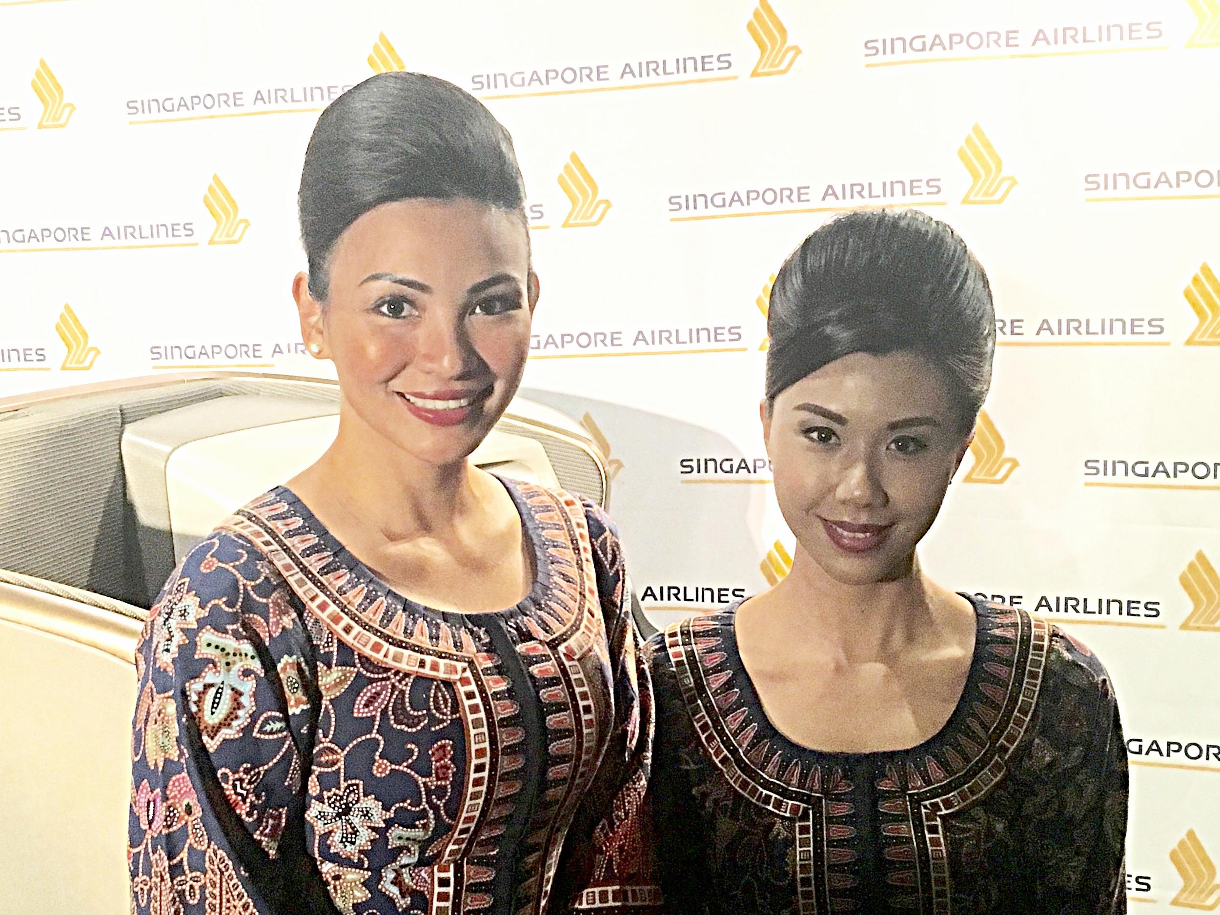 Beautiful Ladies of Singapore Airlines - Travel Massive LA