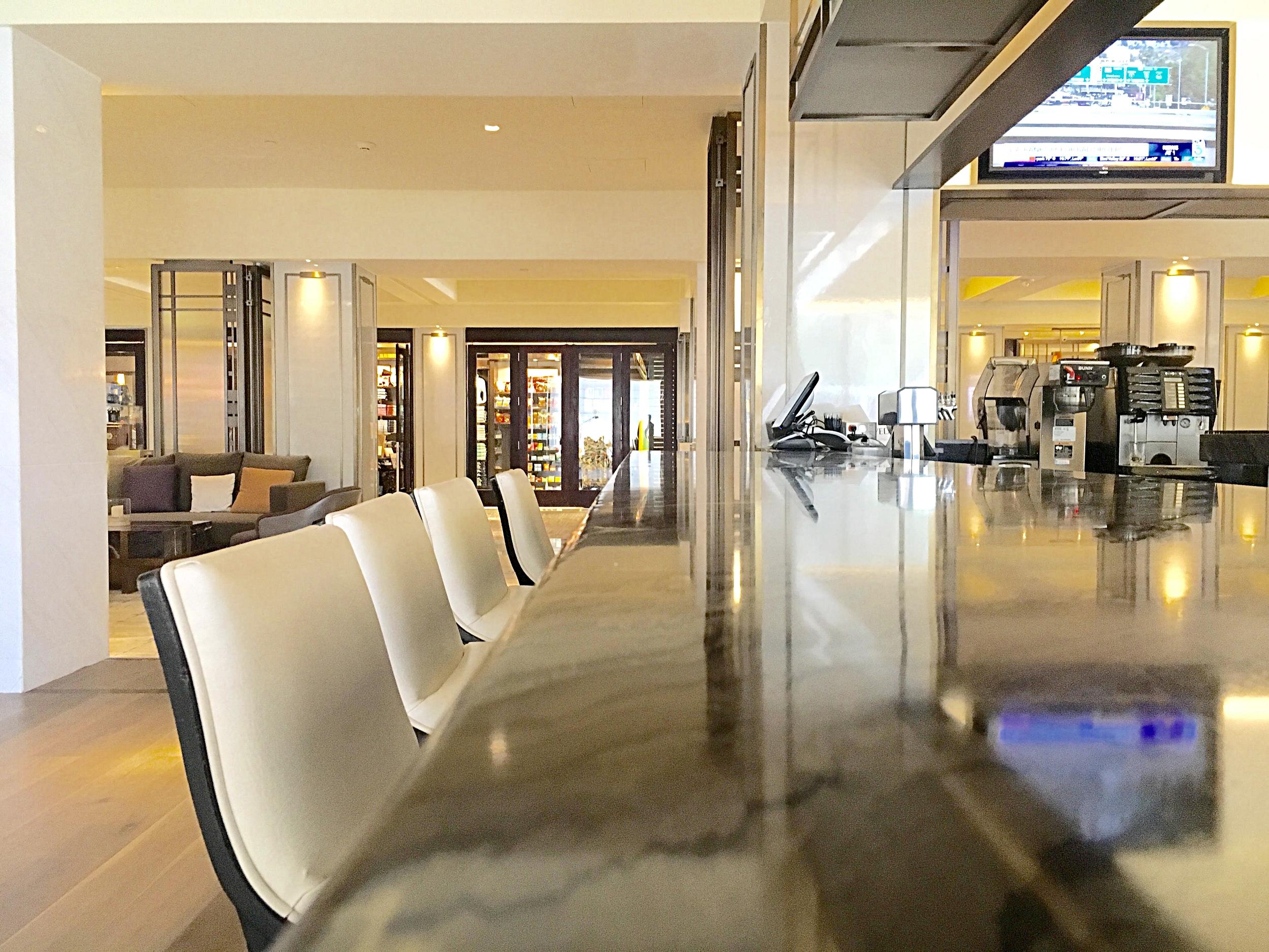 New Mix Bar, located in lobby @SheratonUniversal