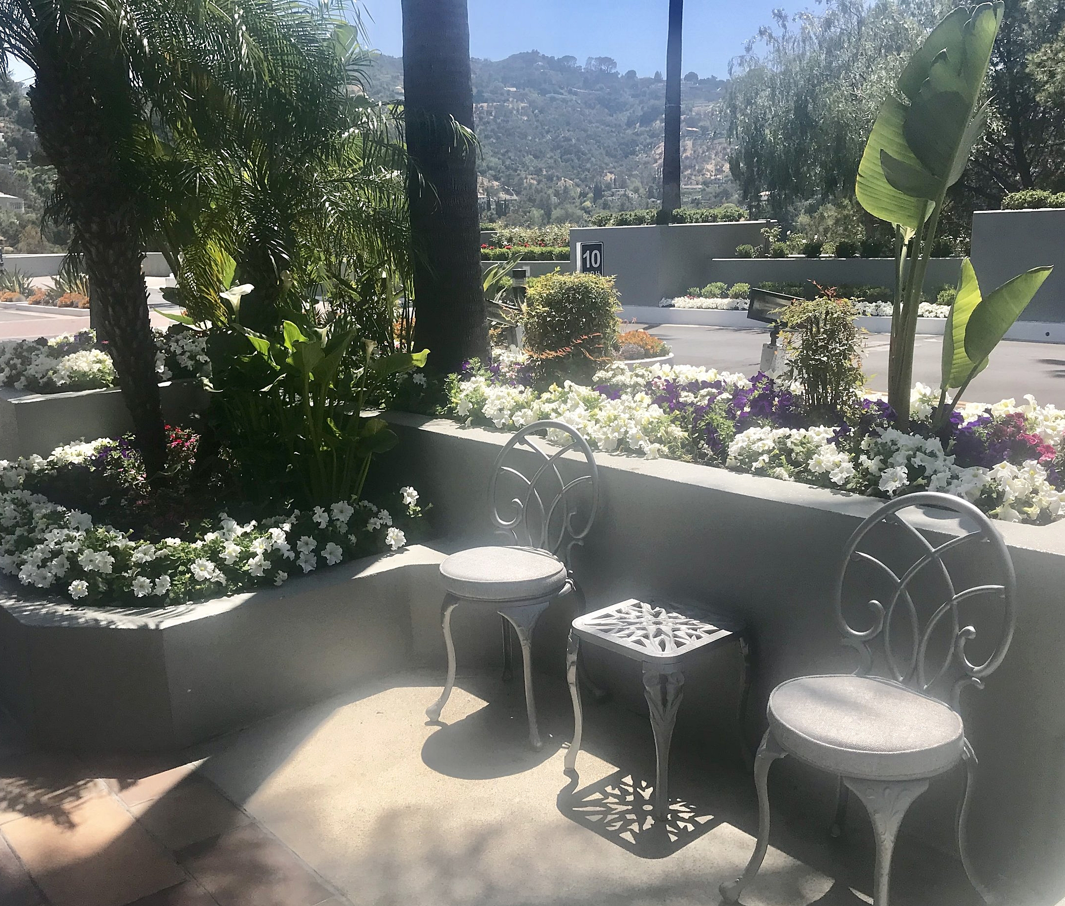Plenty of outside seating areas to enjoy the SoCal sun! Views of the Hollywood Hills.