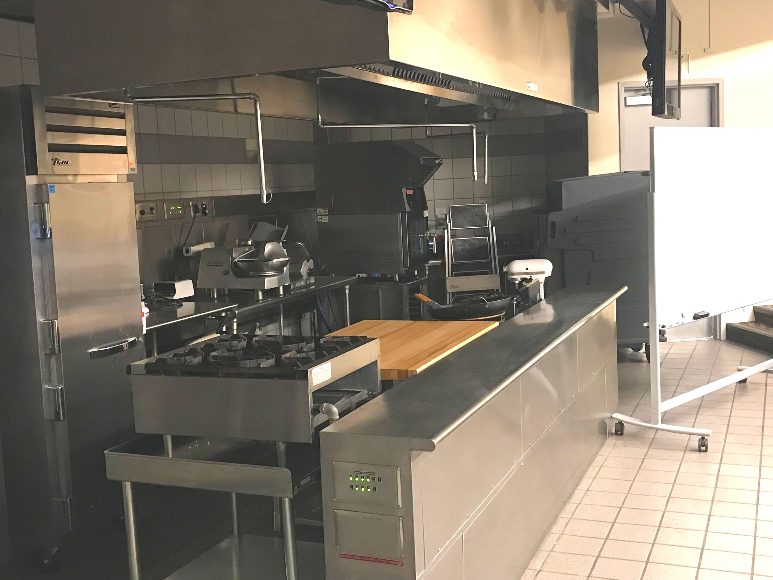 Demo Kitchen/Classroom at Collins College - Cal Poly Pomona University
