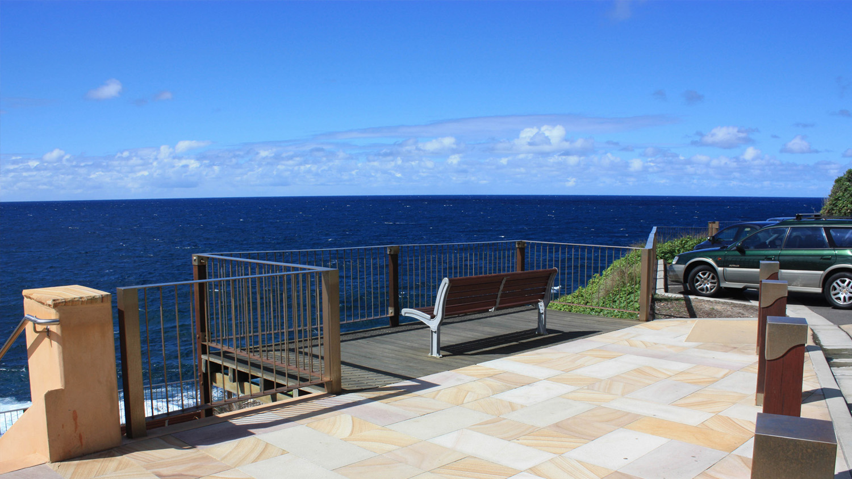 seating-adjoining-the-coastal-walk-2.jpg