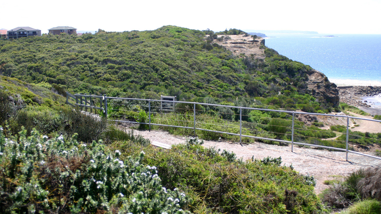 coastal area of site adjoining Caves Beach development.JPG