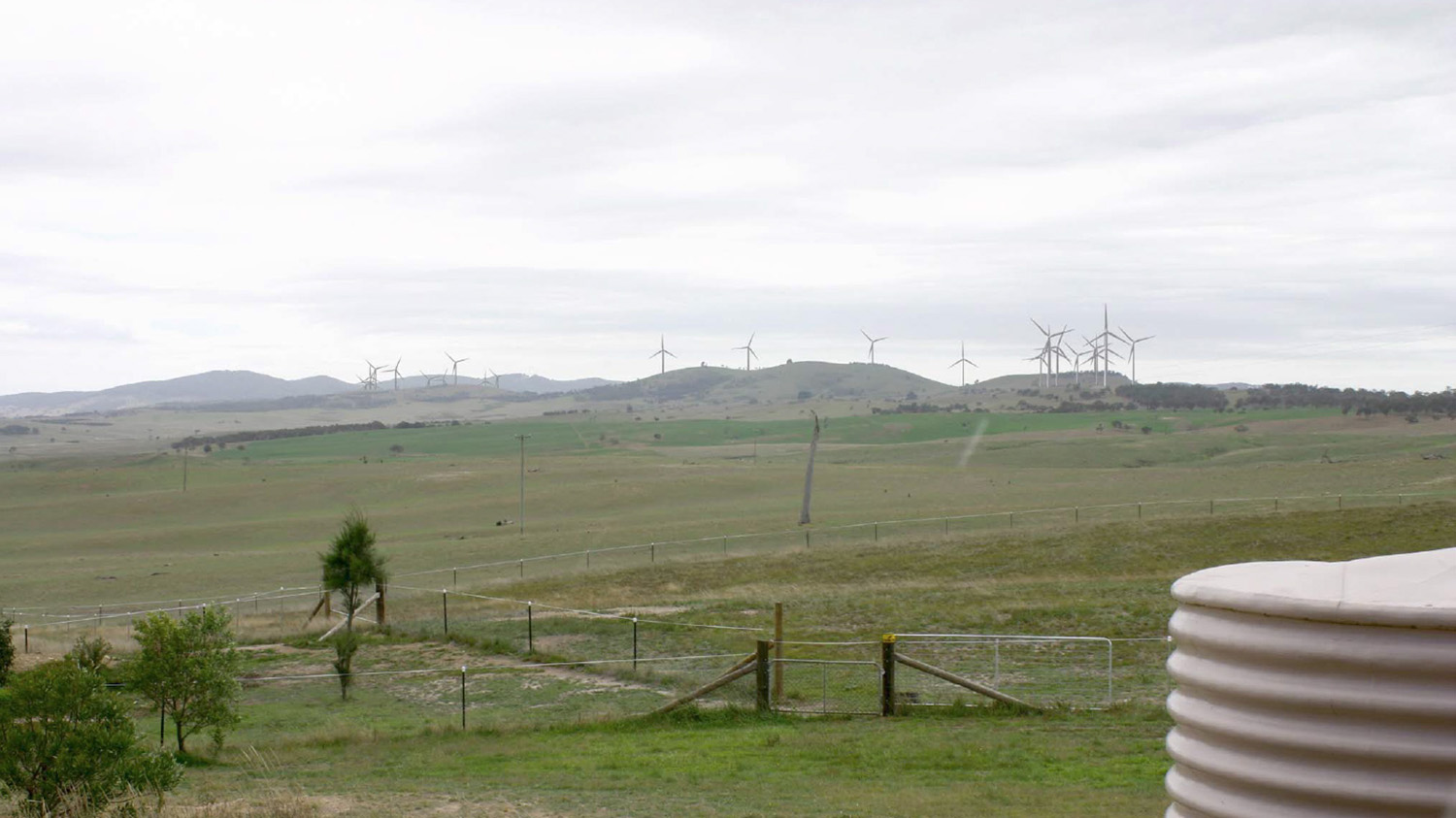 visual-simulation of windfarm from adjoining homestead 2.jpg