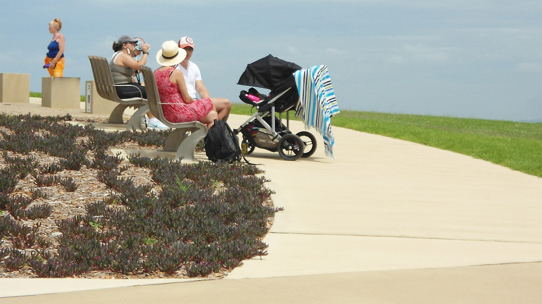 4-seating-along-the-coastal-walk.jpg
