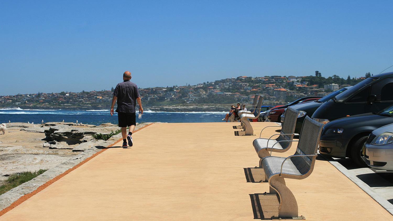 2-coastal walk adjoining carpark.jpg