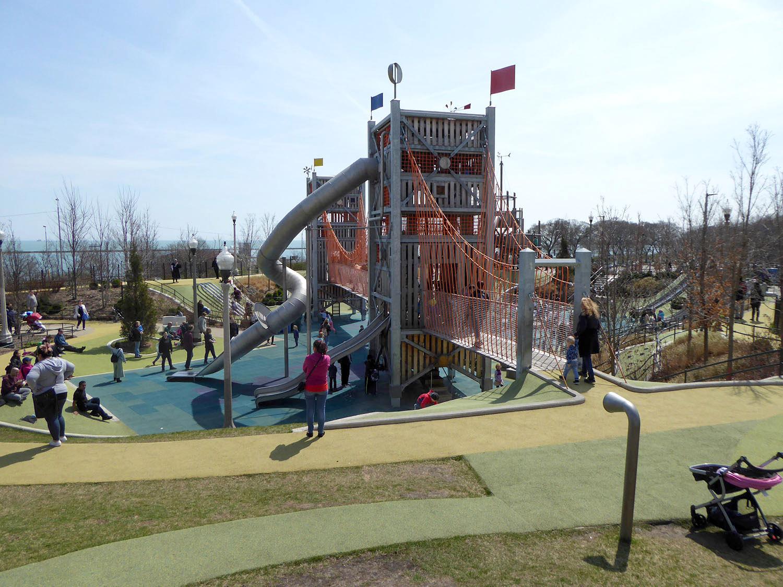 Play facilities - climbing tower